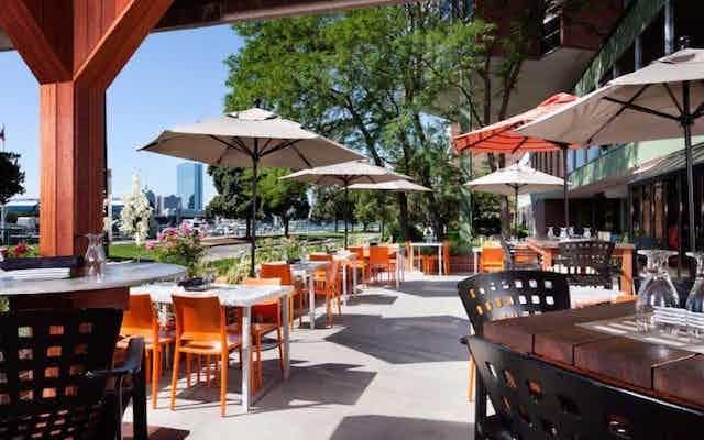 The Best Outdoor Dining In 9 Cambridge Neighborhoods Zagat